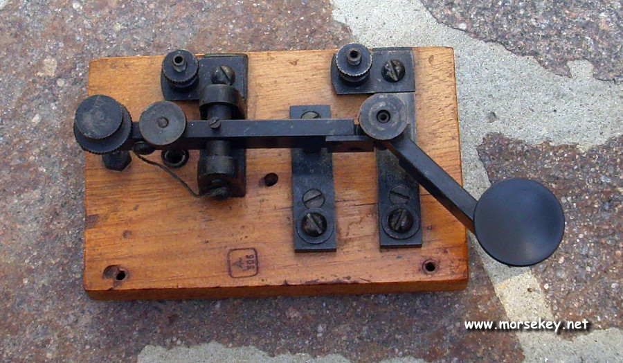 WW1 folding telegraph key
